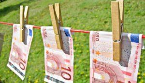 Le blanchiment d'argent