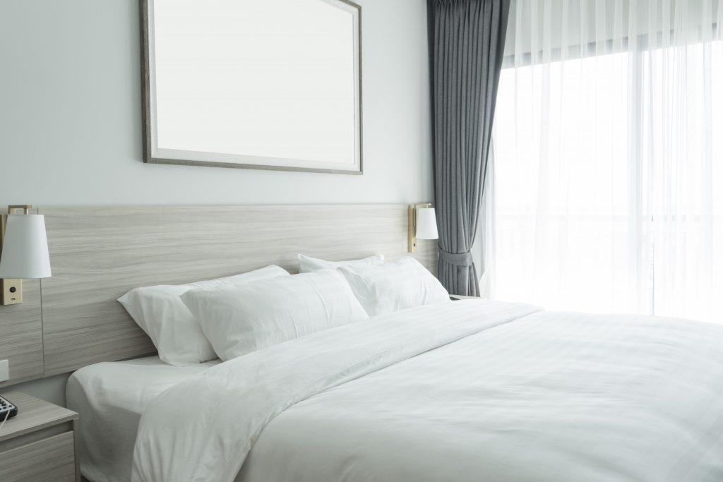Le lit Queen size est non seulement une pièce décorative tendance
